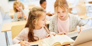 Actividades en clase grupal de idiomas